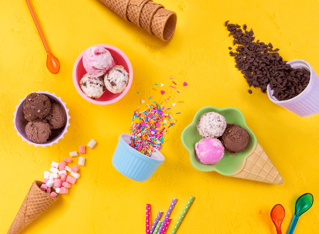 מגוון טעמי גלידות שטראוס
